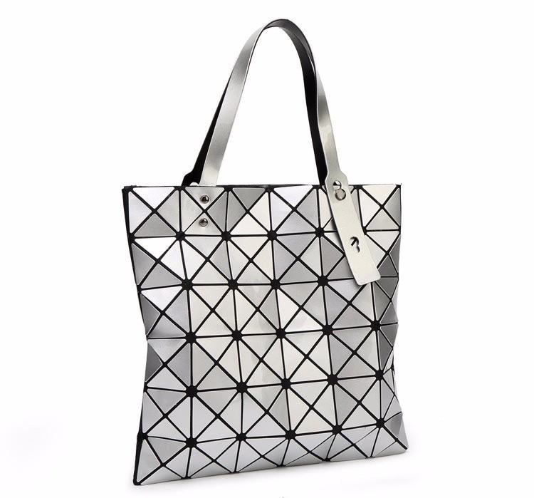 5259ec3b4 Geometric dizajnová dámska kabelka